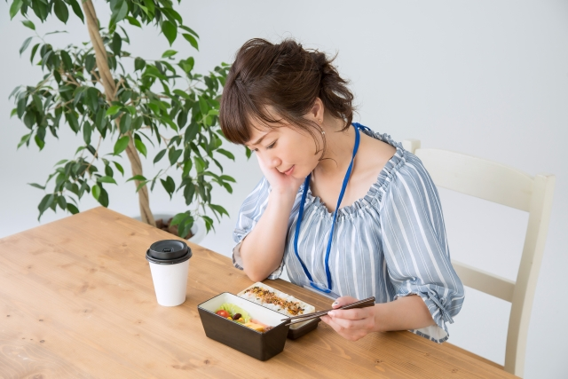 食欲がない時は胃の反射区を刺激